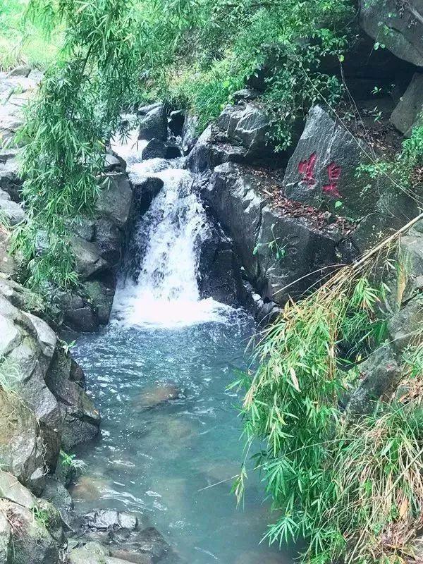 梅岭森林公园国家级位于江西省省会南昌市西北郊