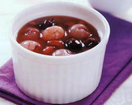 花生桂圆红枣汤