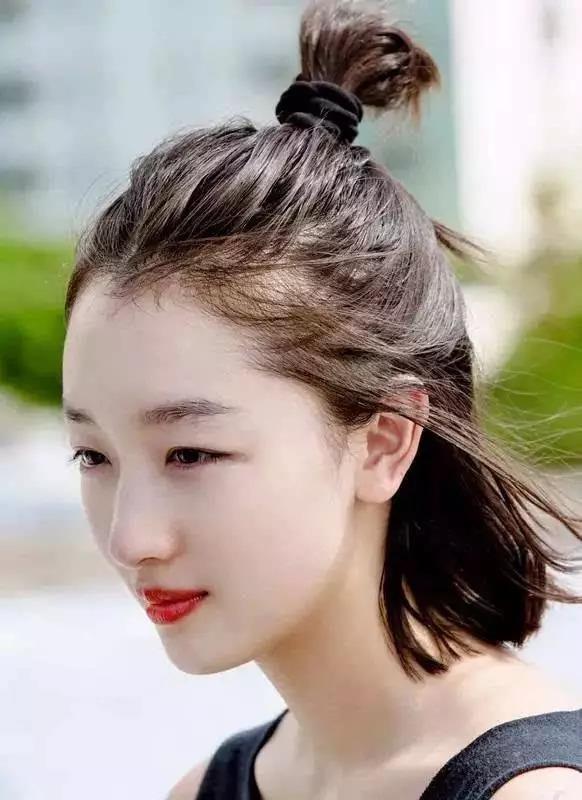换个发型堪比整容?这款万人斩的百搭发型谁换谁先美!