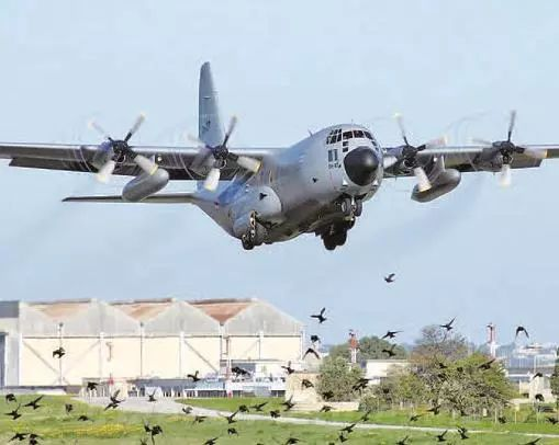 水陆两栖飞机的应用与发展报告