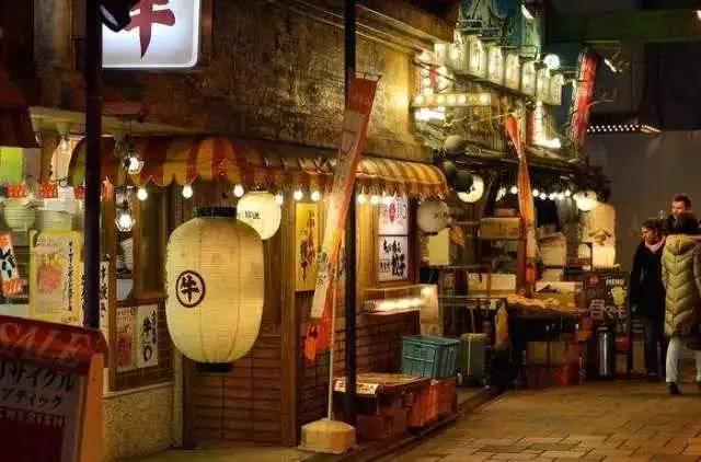 《我的前半生》里的酱子居酒屋,郑州有一打