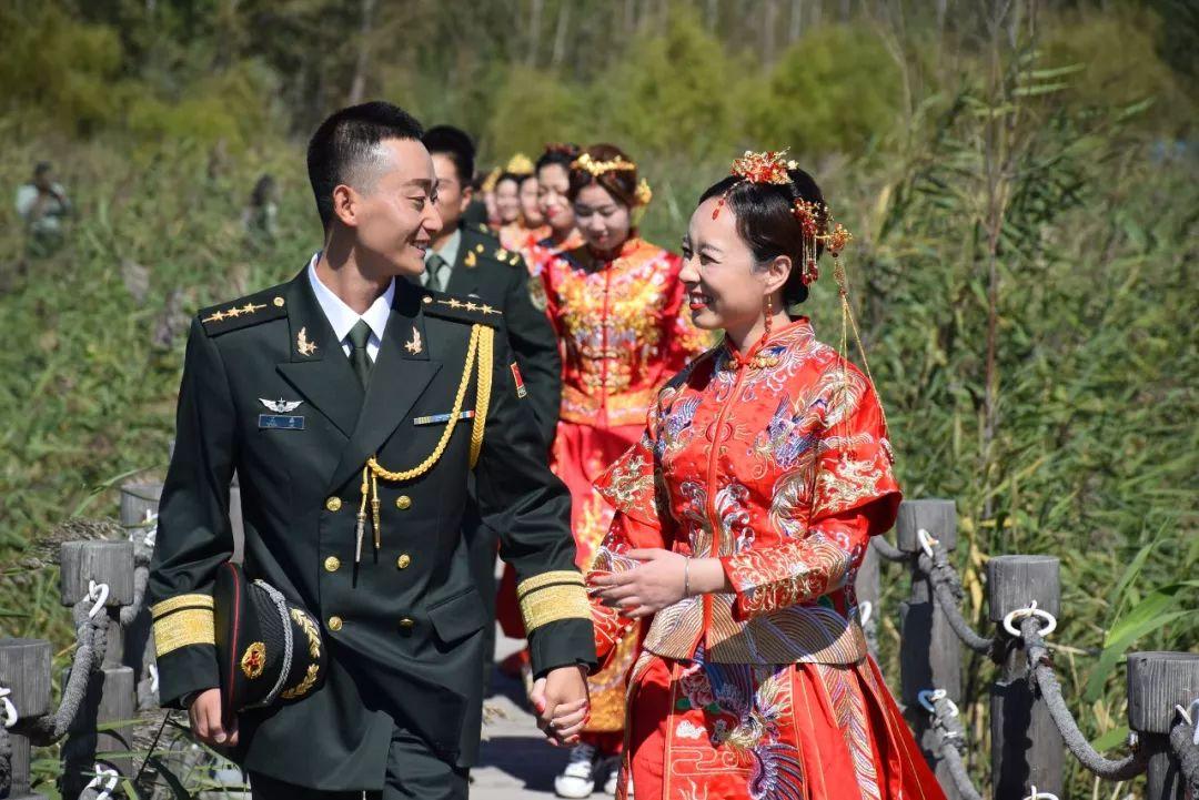 军婚�yi����yk�yl#_你觉得很浪漫,我只觉得嫁给爱情,嫁给军人,真好!