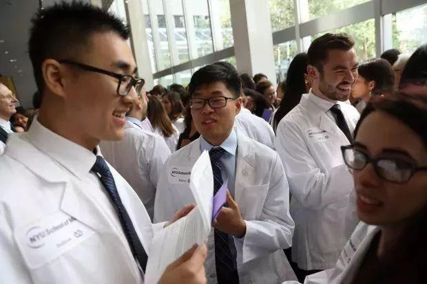 学费全免!拥有世界顶尖医学院--纽约大学宣布: