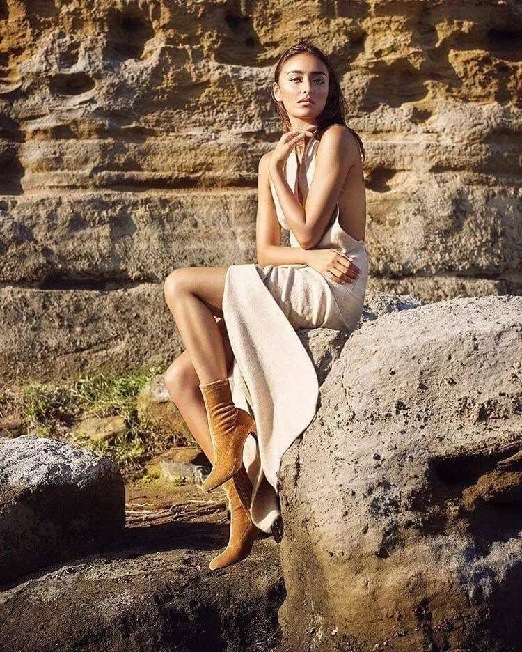 她是两个孩子的妈,却是岛国身材最辣的混血model,水原