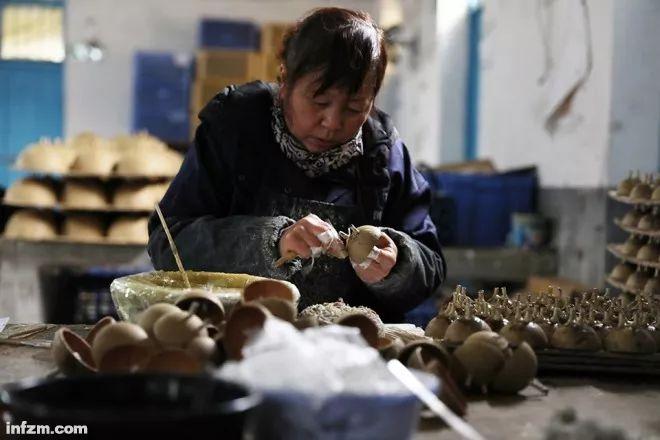 【深度】中国花炮出浏阳 VS 春节无硝北京蓝