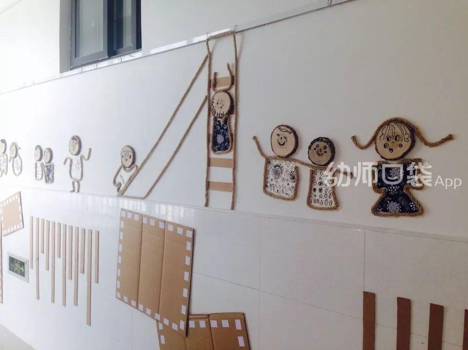 模板,树枝与粗麻绳制作的悬挂式区角指引牌,简单大方的设计也把森系