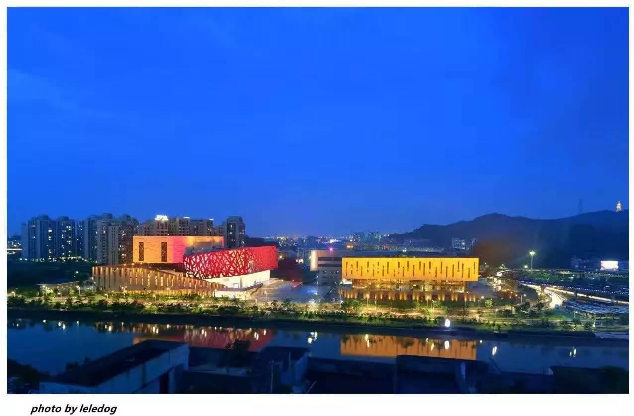 艺术情怀 | 因为一个剧院,爱上一座城!