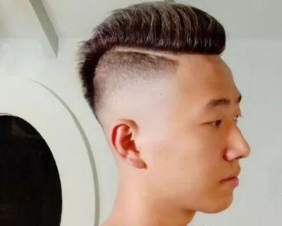 """2018最新流行的男生发型""""两边铲短发发型""""!图片"""