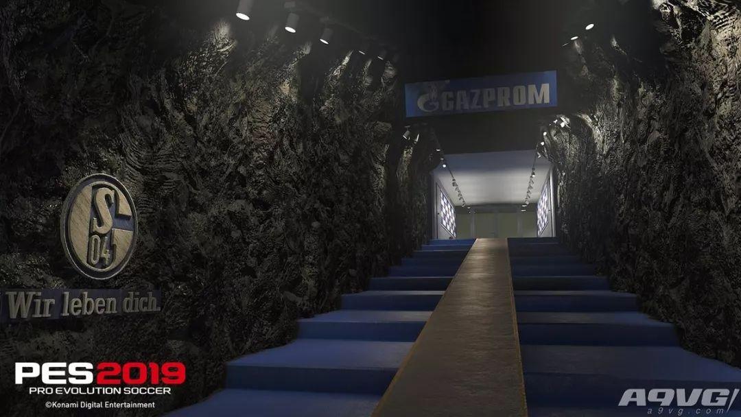 《实况足球2019》宣布将与德甲球队沙尔克04