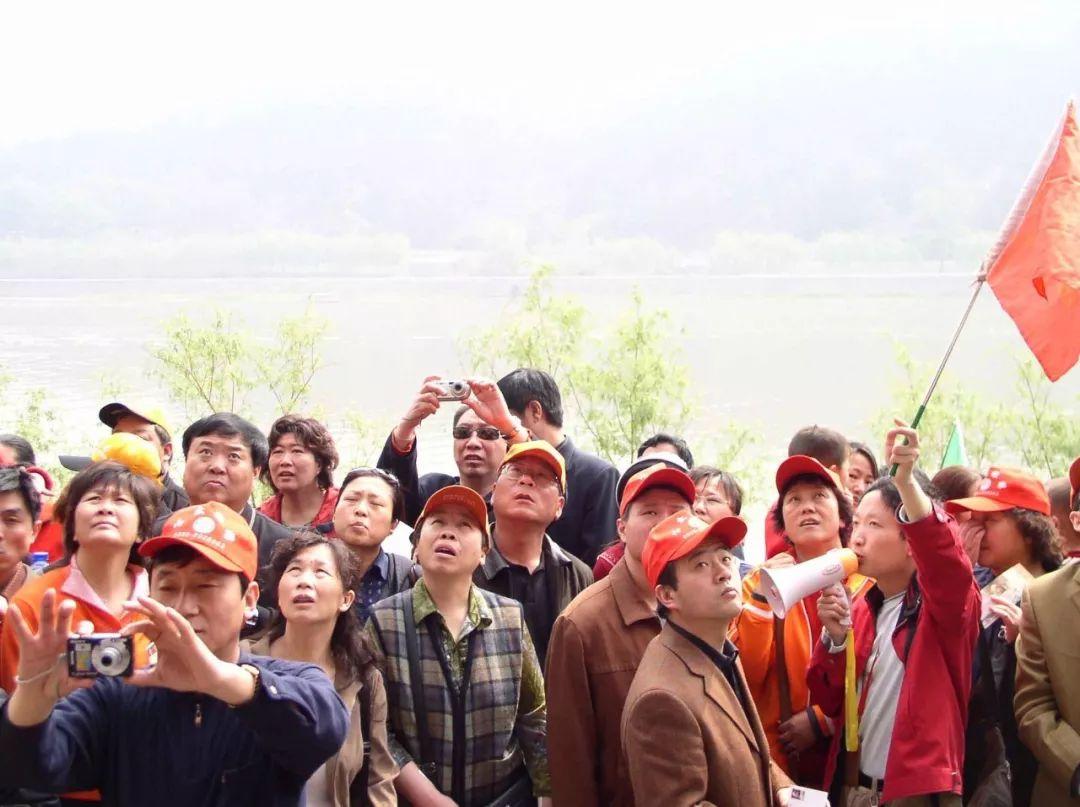 【關注】專搶中國遊客強盜團伙落網