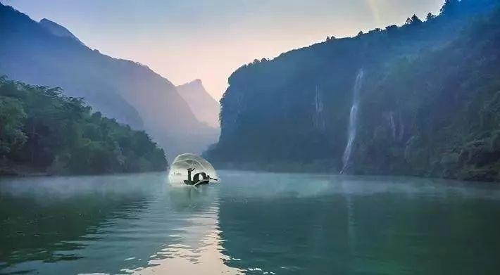在清遠,有一個地方霧氣繚繞   叫桃花湖            在清遠,有個