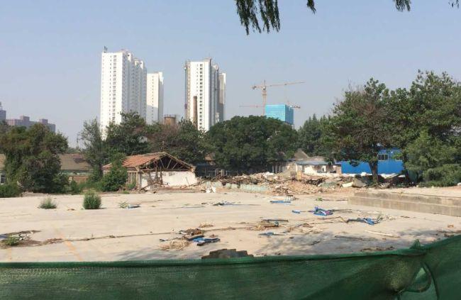 太原学府街东延进展神速 现代双语学校已拆除