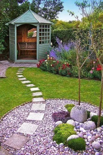 庭院设计有很多种类,比如小型前花园设计,小型后院景观设计,游泳池