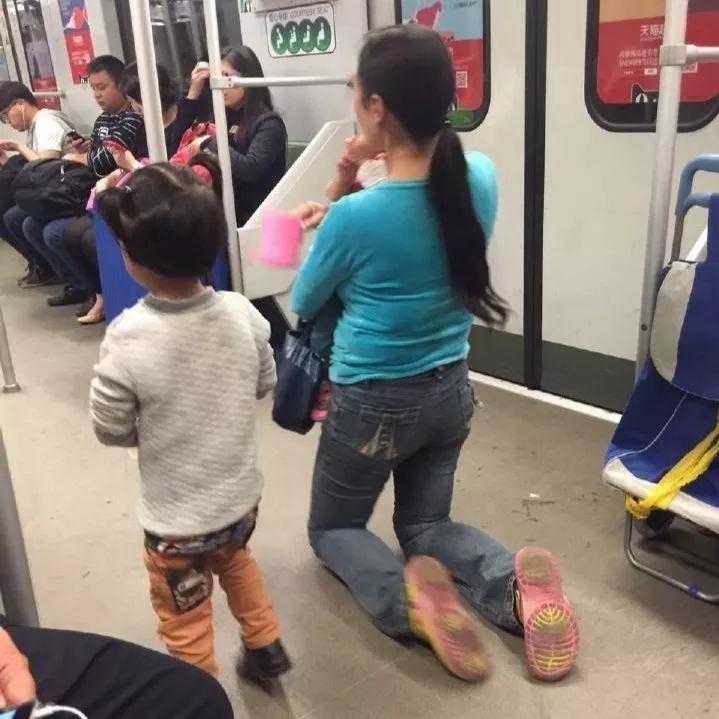 """广东省清远市惊现大批""""聋哑人"""",他们身体健全却专缠女乘客要捐款"""