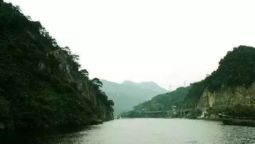 还有好像置身桂林山水的鱼水风景区