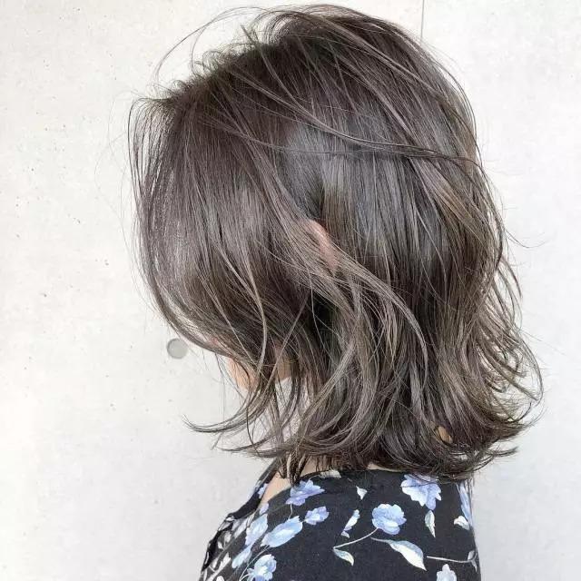 短发烫发图片