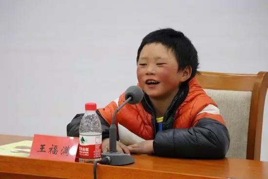 """除了""""冰花男孩""""圆梦北京,还有这位爱画画的厦门菇凉"""