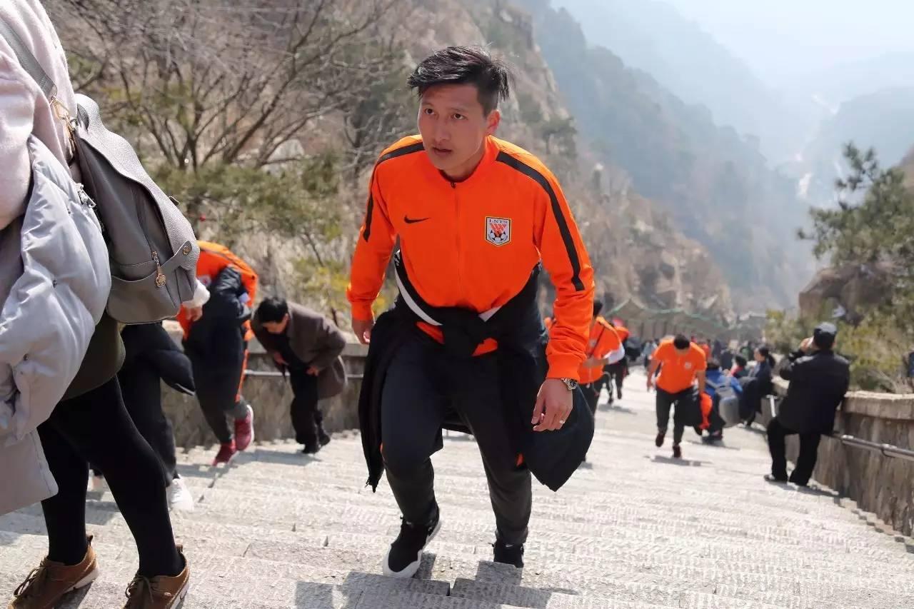 解密鲁能新援姜嘉俊,定位两个位置,恢复状态等待首秀