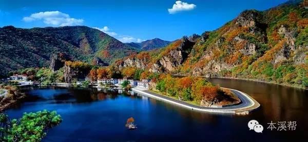 也是本溪最大的观赏枫叶景区,共分为小黄山,夹砬子,龙门峡,月台子,鸣