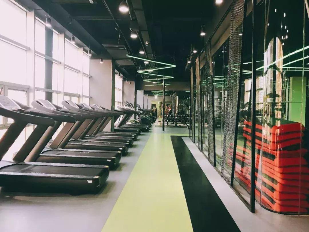 这家请人免费健身的24h智能健身房开启大江东