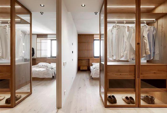 卧室与衣帽间相邻