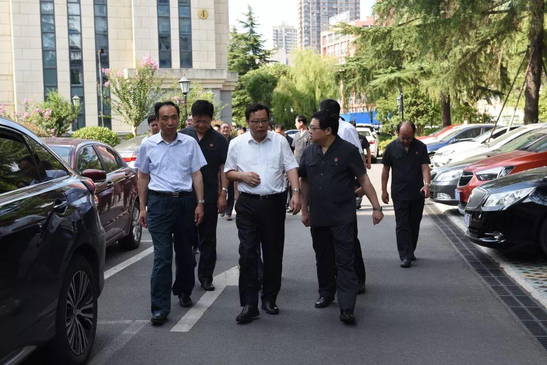 8月7日,南通市委副书记,代市长徐惠民,副市长,市公安局长陈旭,市