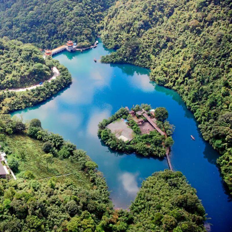 特色:   汇集西江风貌,山水景观,人文景观,乡村旅游,名胜古迹