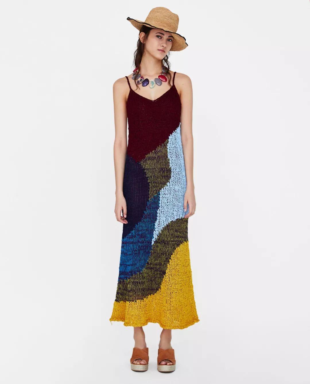 试穿了 16 件 zara 连衣裙,我发现模特照片都是骗人的