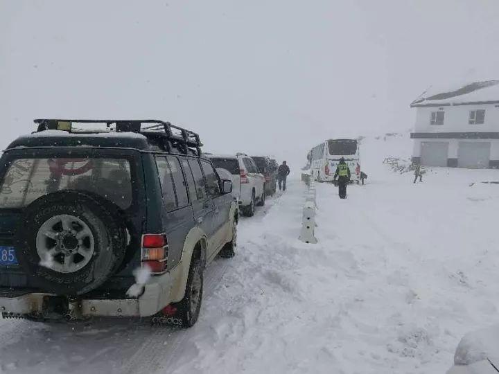 新疆多地持续降雪!更多震撼雪景你未曾见过......
