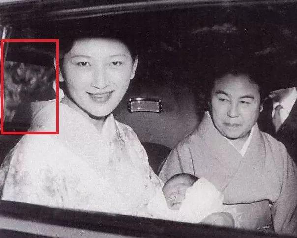 出身平民嫁入豪门的日本皇后,曾坦言天皇只要她子宫图片