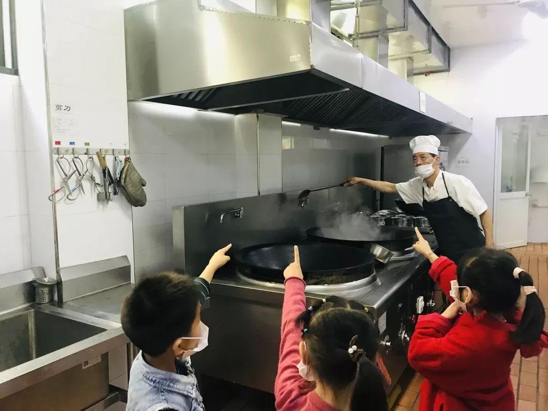 幼儿园里的小秘密 小记者进厨房