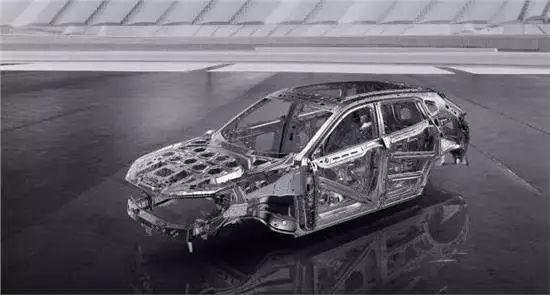 你说这只是一辆车 他却说这是他的梦