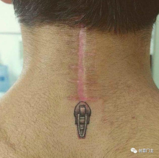 不管是手术的痕迹,疤痕或者妊辰纹,都可以用刺青的方式来改善,这想法