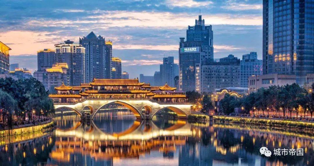 网友湛泸:带您走进中国的19个国家级城市群!