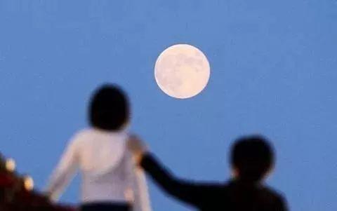 月圆人团圆的中秋佳节
