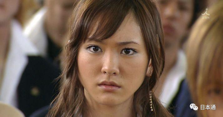 初脱熟女里中结衣_轻熟女诱惑!这些日本女星岁数越大越有魅力!