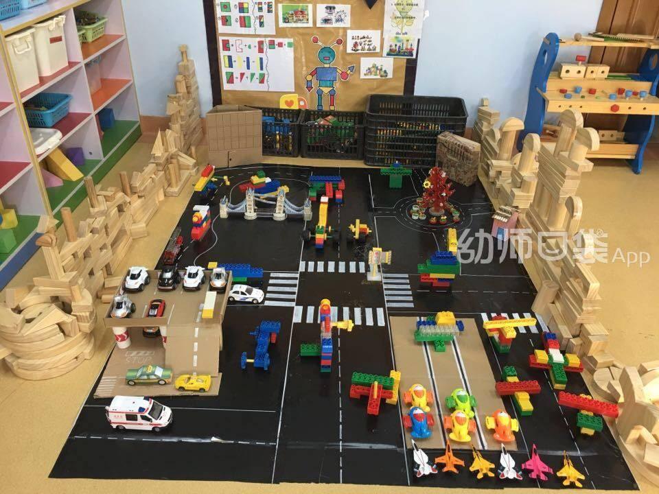 幼儿园建构区材料投放图片