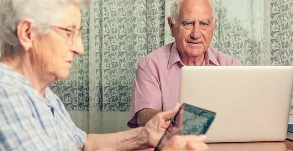 德国72岁才算老年人,中国2048年达到人口老龄化峰值