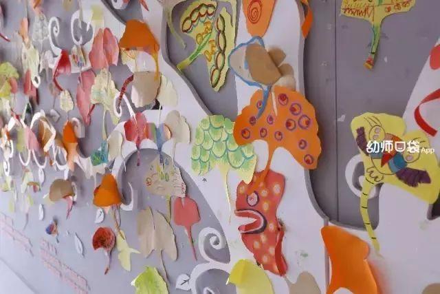 孩子和老师们一同借形想象创作了各种图案与造型,1b 老师看到有动物