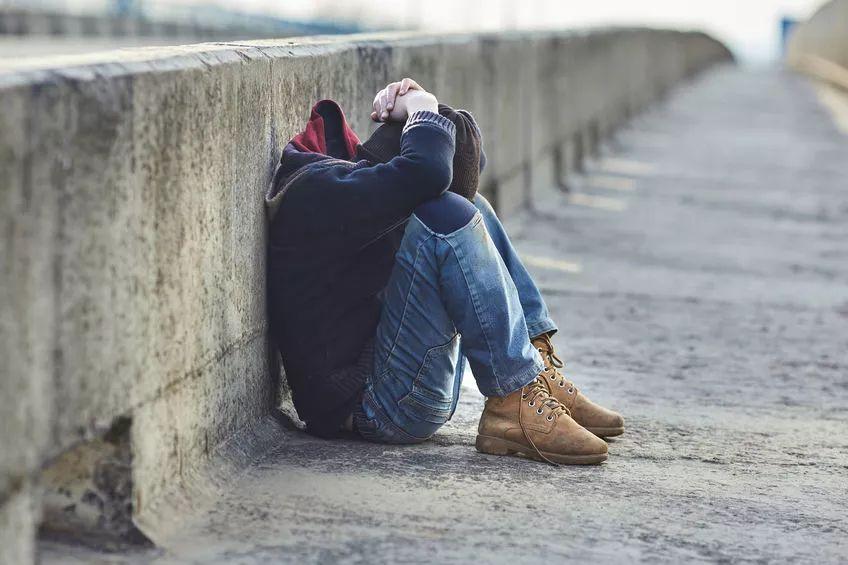 """比贫穷更可怕的是什么?是""""我觉得我很穷"""" - 老泉 - 把酒临风的博客"""