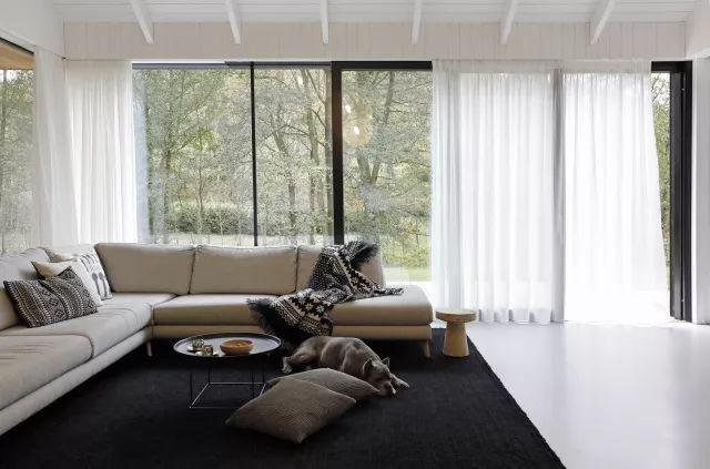 极简卧室窗帘效果图