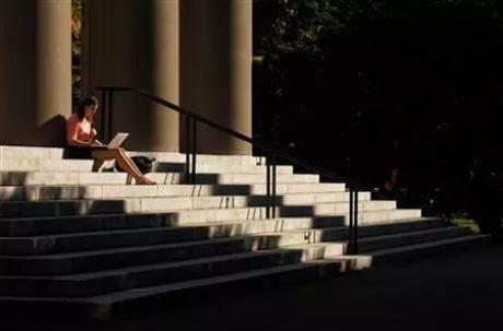 一场毕业30年的哈佛同学会 告诉你30个人生真相!