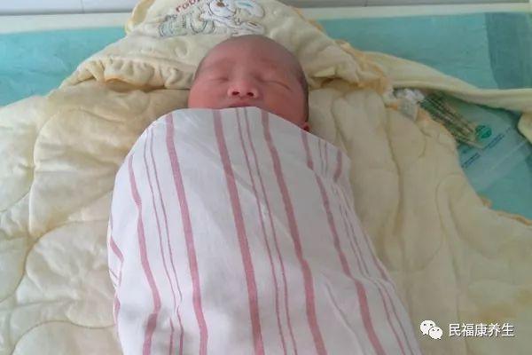 黄疸高对婴儿有什么影响 新生儿黄疸偏高危害