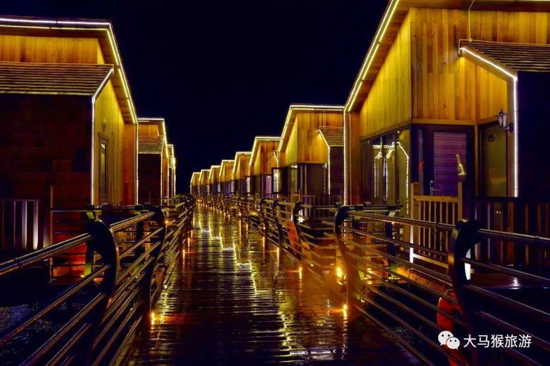 8月26号月坨岛两日游,泡温泉,住荷兰风情独栋木屋,坐游轮看大海休闲纯