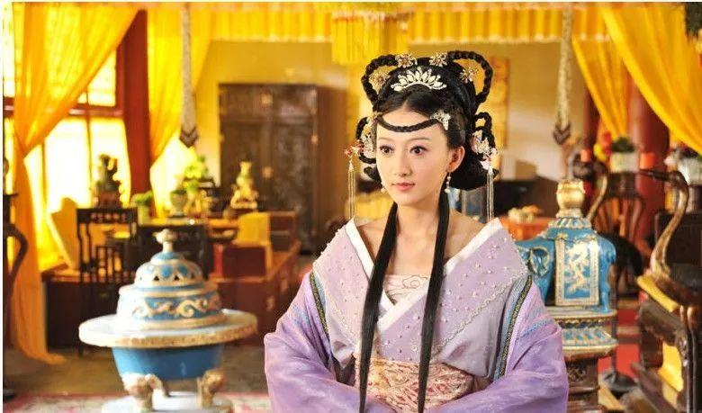 朱元璋處死兩位兒媳,揭開明朝皇室醜聞,過程殘忍令人髮指