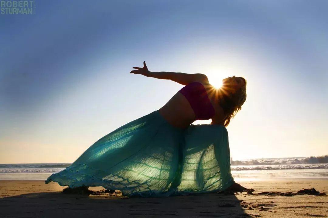 會動的瑜伽美圖,太壯觀了!圖片