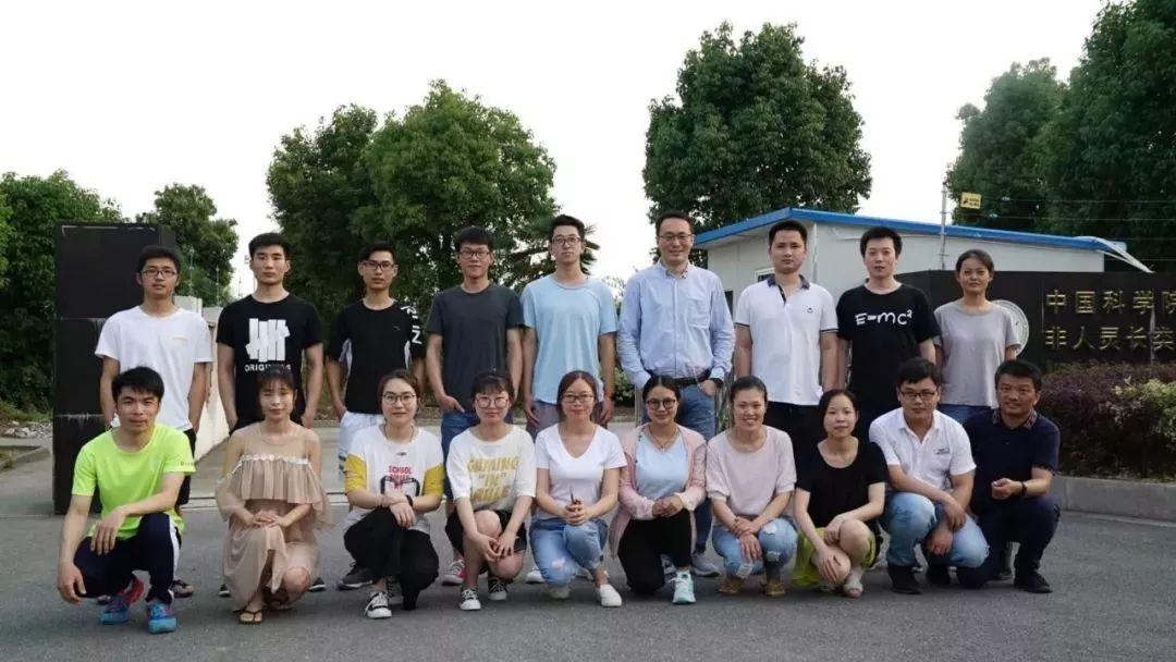 中科院神经科学研究所体细胞克隆猴科研团队.