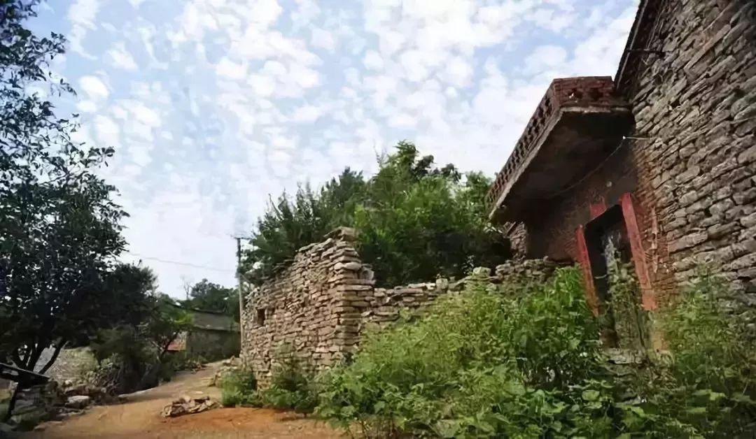 手绘小镇,石头部落,白河银杏,嵩县三个地方秋季最美
