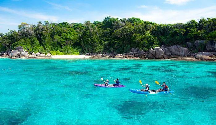 泰国对斯米兰群岛的保护,尤其是泰国海军负责在各潜点及下锚区装