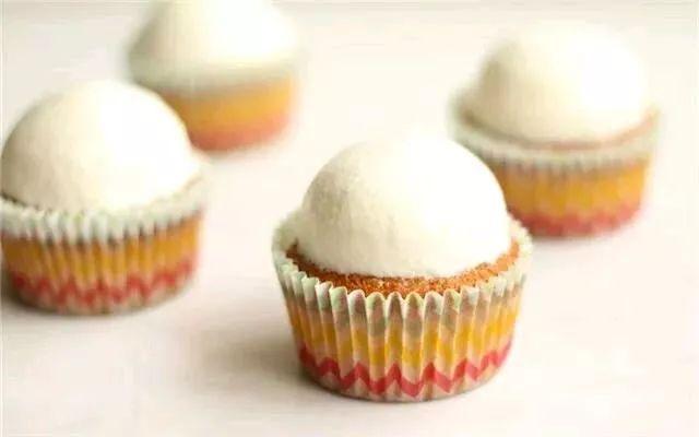 超简单可爱小狗cupcake | 奶油纸杯蛋糕